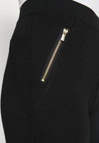 New Look Petite - PONTE - Leggings - Trousers - black - 4