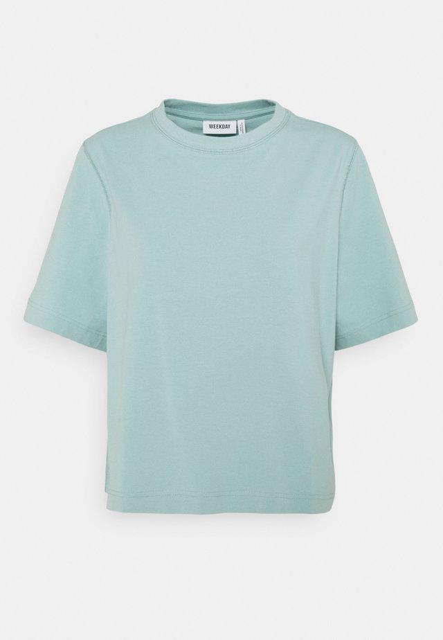 TRISH - T-shirt basic - dusty green