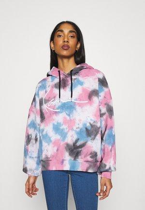 SIGNATURE TIE DYE HOODIE - Sweatshirt - pink
