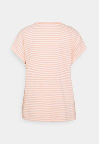 Marc O'Polo DENIM - SHORT SLEEVE WIDE BODYSHAPE VNECK - Print T-shirt - multi/peach bud - 1