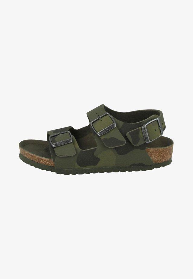 MILANO - Sandaalit nilkkaremmillä - green
