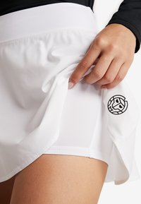 BIDI BADU - MORA TECH SKORT - Sports skirt - white - 4