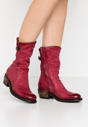 Cowboy/Biker boots - cardinal/testa di moro