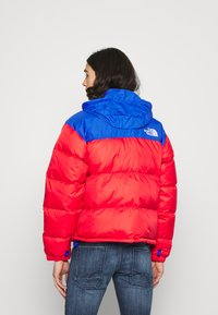 The North Face - RETRO UNISEX - Down jacket - horizon red/blue - 3