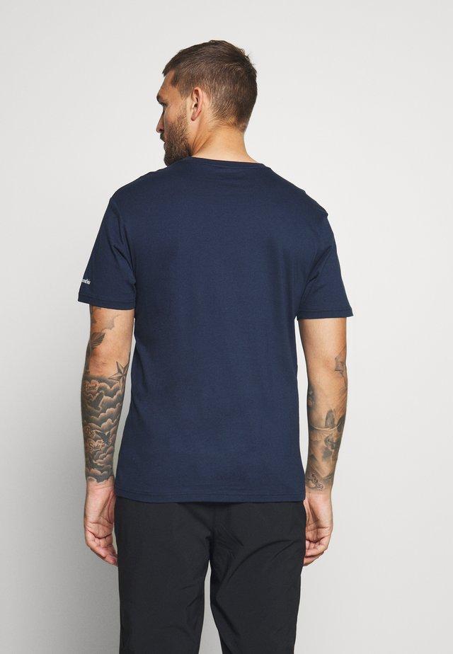 BASIC LOGO™ SHORT SLEEVE - T-shirt con stampa - collegiate navy/white
