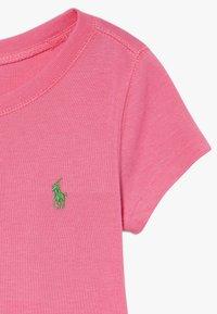 Polo Ralph Lauren - TEE - Camiseta básica - baja pink/cycle green - 3