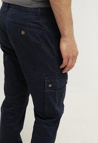 Pier One - Cargo trousers - dark blue - 5
