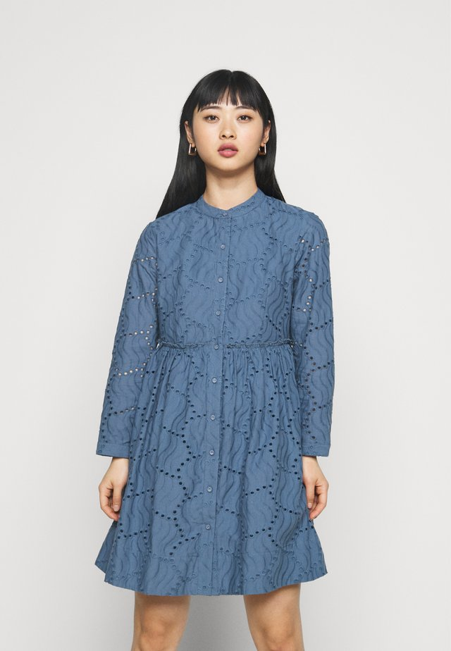 YASBIM DRESS - Korte jurk - bering sea