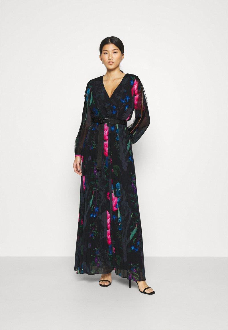 Guess - EKATERINA DRESS - Długa sukienka - botanical flow