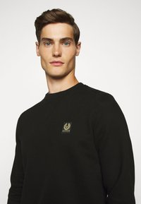 Belstaff - Sweatshirt - black - 5