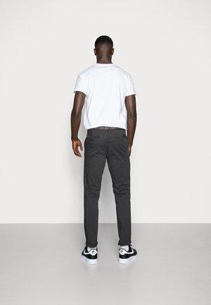 JJICODY JJSPENCER - Trousers - dark grey
