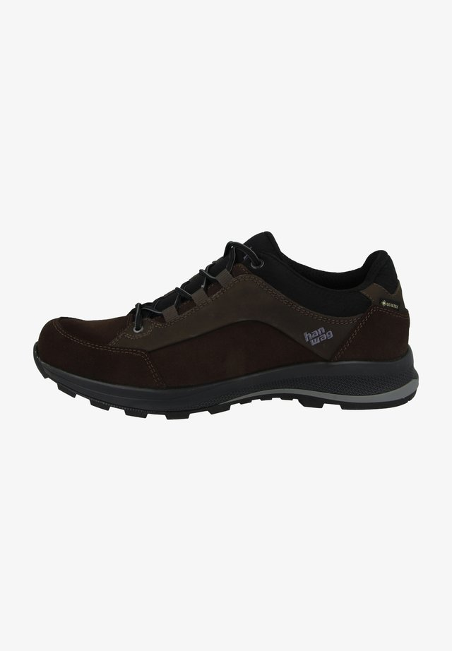 BANKS - Outdoorschoenen - mocca-black