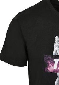 Cayler & Sons - SPACE TRUST  - Print T-shirt - black/mc - 3