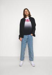Hollister Co. - WEBEX - Print T-shirt - black - 1