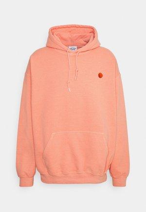 CORE OVERDYED HOODIE WITH YIN YANG UNISEX - Sweatshirt - overdyed pale orange