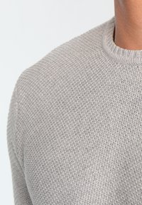 Only & Sons - ONSDAN STRUCTURE CREW NECK  - Strikpullover /Striktrøjer - light grey melange - 3