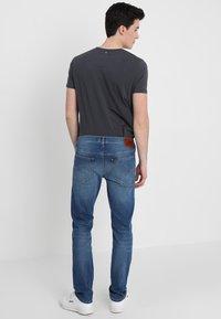 Lee - DAREN - Jeans Straight Leg - blue drop - 2