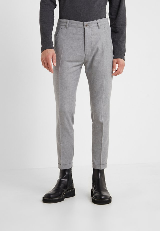 BREW - Pantaloni - light grey