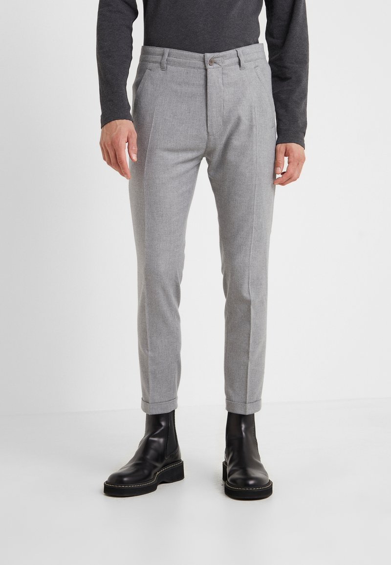 DRYKORN - BREW - Trousers - light grey