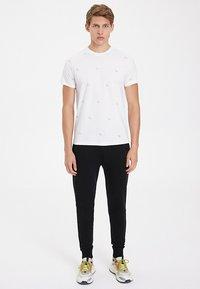 WESTMARK LONDON - CYCLE - T-shirt print - white - 1