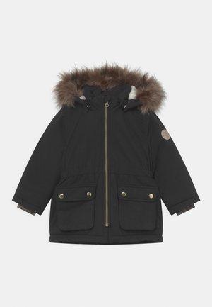 NMFMABE - Zimní kabát - black