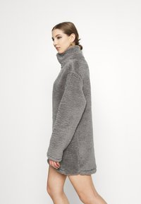 Nly by Nelly - TURTLENECK DRESS - Day dress - steel grey - 3