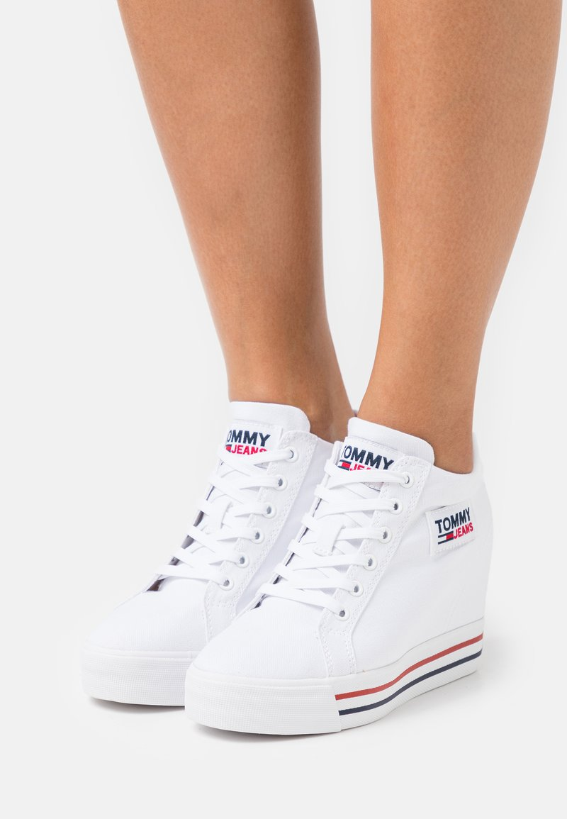 Tommy Jeans - WEDGE  - Trainers - white