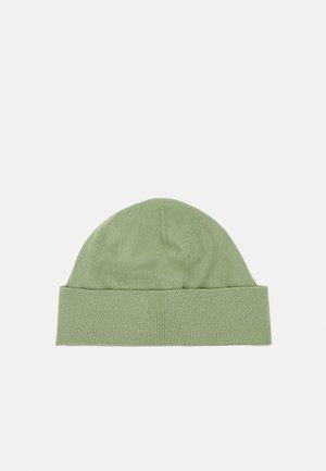 CAP - Čepice - sage