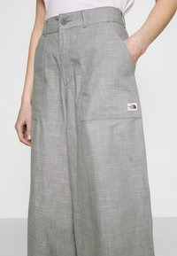 The North Face - TREND PANT - Kalhoty - agave green chambray - 3