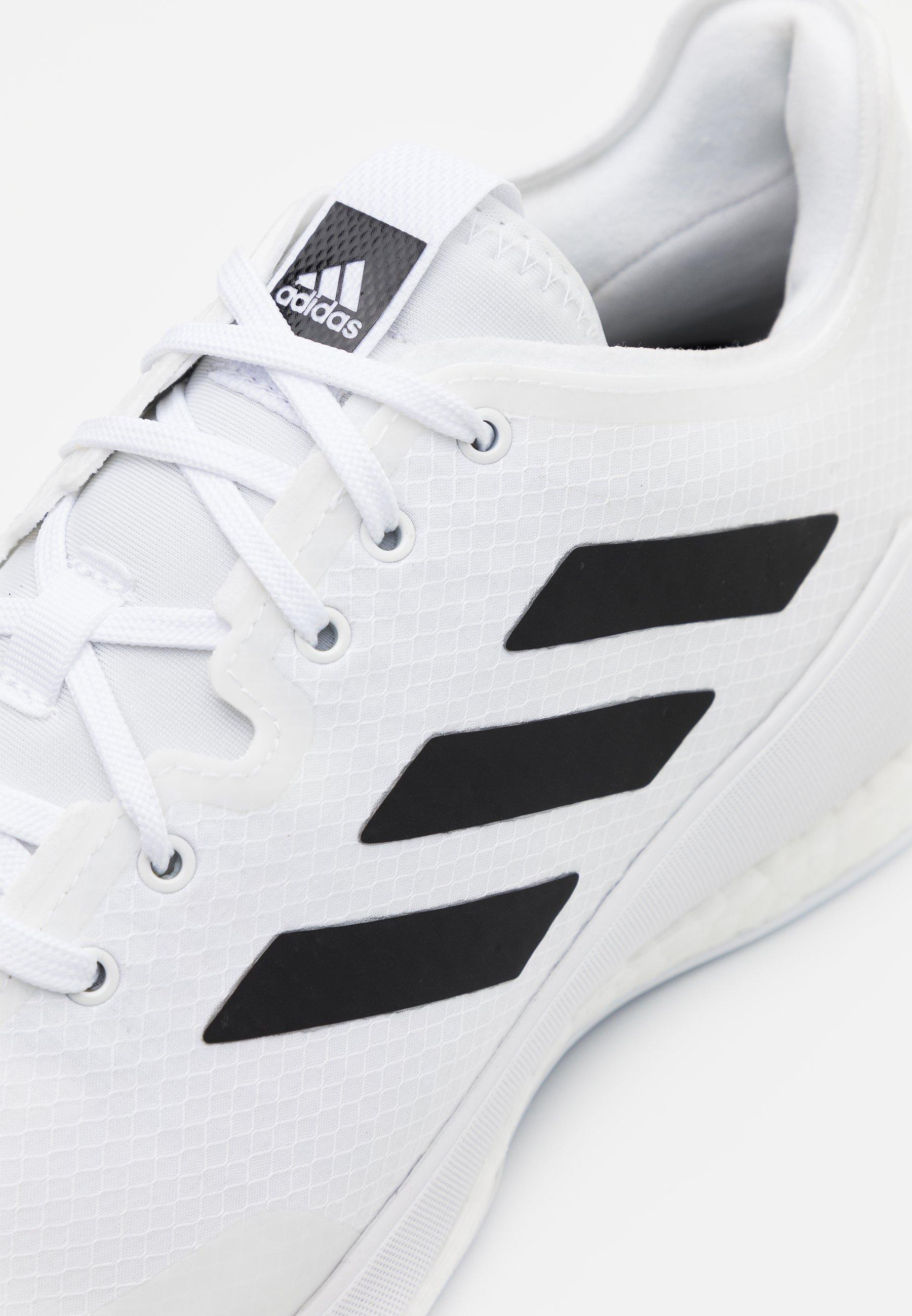 CRAZY FLIGHT BOOST INDOOR SPORTS SHOES Volleyballschuh footwear whitecore black