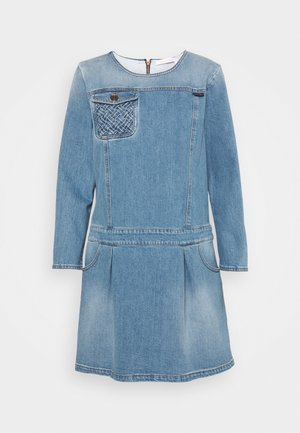 Denimové šaty - shady cobalt