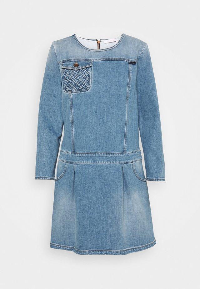 Robe en jean - shady cobalt