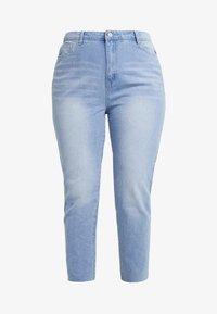 Missguided Plus - RAW HEM - Jeans slim fit - light blue - 4
