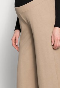 MAMALICIOUS - MLAVILDA CULOTTE PANTS - Tracksuit bottoms - natural - 3