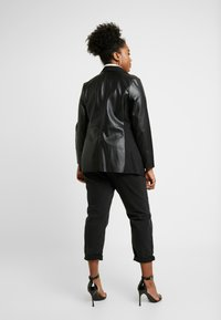 Evans - WATERFALL JACKET - Faux leather jacket - black - 3