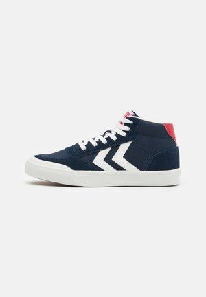 STADIL 3.0 CLASSIC UNISEX - Sneakersy wysokie - navy/white