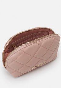 Valentino Bags - OCARINA - Wash bag - cipria - 2