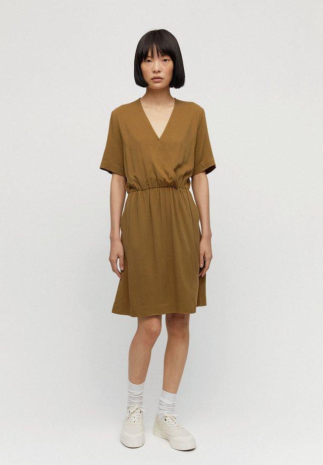 AIRAA - Day dress - golden khaki
