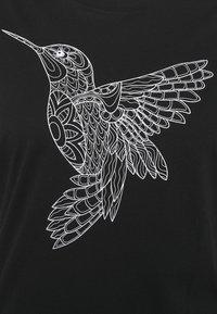 Even&Odd Curvy - HATTIE MANDALA BIRD - Print T-shirt - black - 2