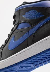 Jordan - AIR 1 MID - Zapatillas altas - black/hyper royal/white - 5