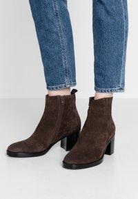 Adele Dezotti - Ankle boots - testa di moro - 0
