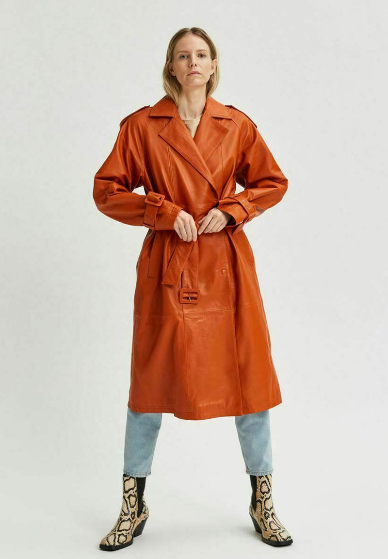 Selected Femme - Trenchcoat - orange pepper