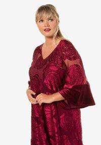Ulla Popken - Day dress - bright berry - 1