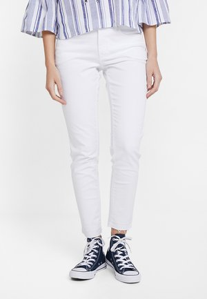 ELMA FRESH - Jeansy Slim Fit - white