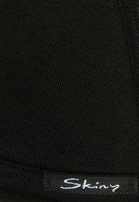 Skiny - TRIANGEL GEPADDET - Podprsenka pod tričko - black - 2