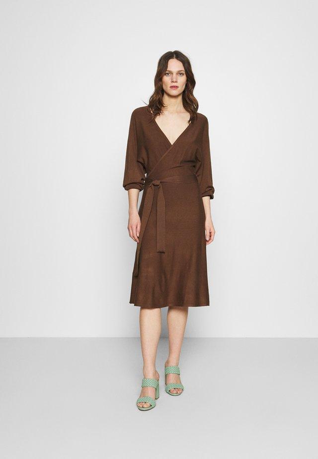 Jumper dress - dark brown