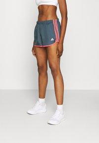 MARATHON 20 SHORTS - Sports shorts - blue/light pink