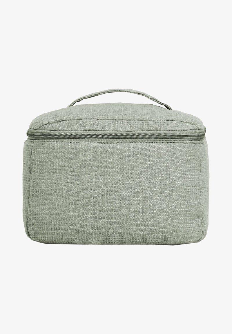 OYSHO - Wash bag - light green