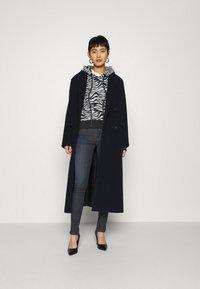 Replay - NEW LUZ PANTS RE-USED - Jeans Skinny Fit - dark blue - 1