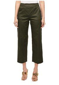 s.Oliver BLACK LABEL - POPELINE - Trousers - dark khaki green - 1